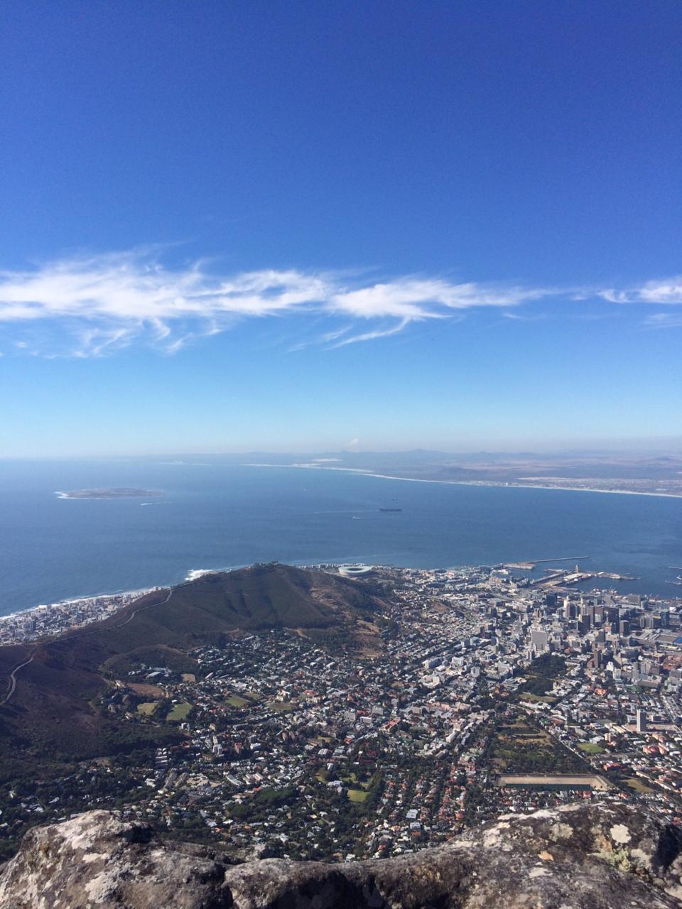 Mirando al sur, Ciudad del Cabo asoma con su exuberancia y una gran capacidad de asombro